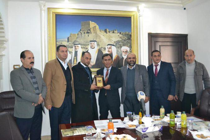 زيارة وفد برنامج دعم اللامركزيه والحكم المحلي لبلدية الكرك الكبرى